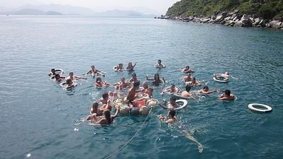 המסיבה בים ביום שייט