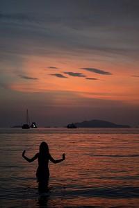 בחוף ה- Sunset