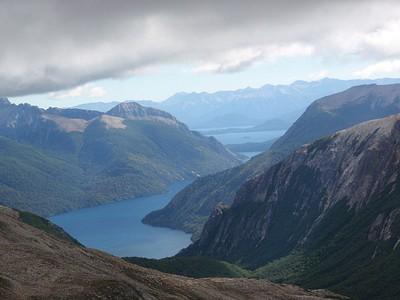הנוף אל אגם נוואל וואפי