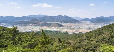 הנוף מראש ההר