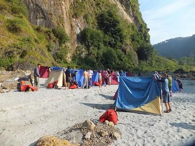 המחנה בלילה הראשון