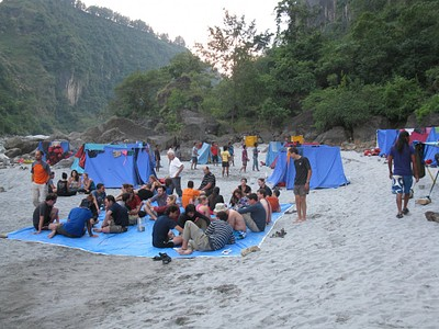אווירה במחנה בלילה הראשון