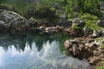אחד האגמים