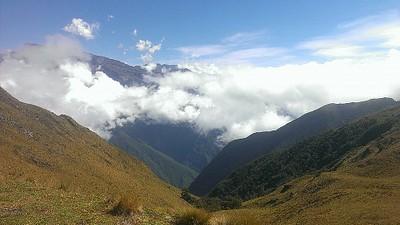 נוף מהאוכף לפני רכס יונגה קרוז