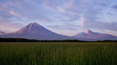 הרי הגעש הסמוכים - אוואצ׳ינסקי וקלוצ׳בסקוי