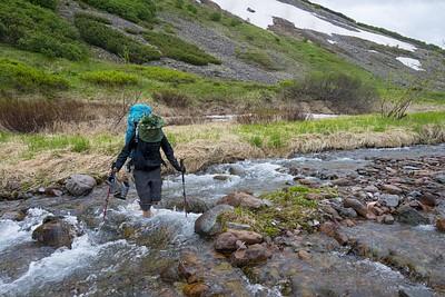 בירידה - חוצים שוב את הנהרות