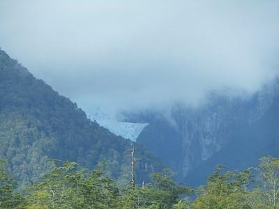 הקרחון התלוי