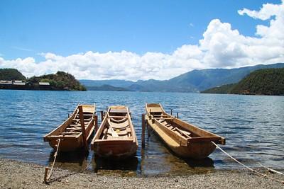 אגם לוגו ח'