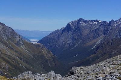נוף אחורה מהפאס - רואים את האגם של גלנ