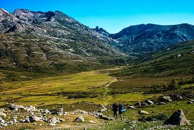 הדרך מ- Bregeries de Vacaghja ל- Refuge de Manganu