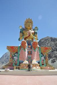 בודהה ענק