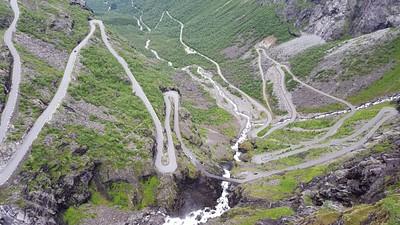 Trollstigen הכביש מתפתל