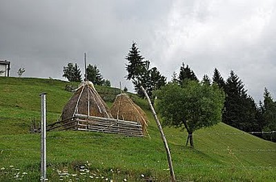 פירמידות החציר- מתכוננים לחורף הבא