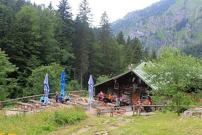 Kunnzen hutte במבט עילי