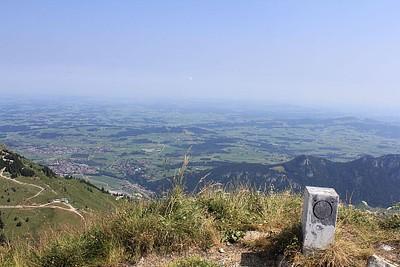 אבן גבולות ה-O מסמן את אוסטריה