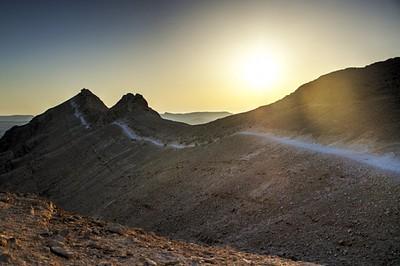 השביל לאורך הר סהרונים