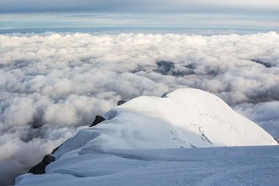 הנוף הנשקף מהטיפוס, מגובה של 4100 מטר, לכיוון מה שכבר טיפסתי.