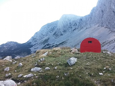 Alpine Bivak - המחסה האלפיני בעמק Velika Kalica