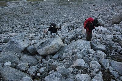 מתחילים את היום בטיפוס על סלעים