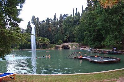 הבריכה בשנייה בColà
