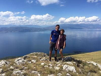 מהפסגה לאגם אורחיד