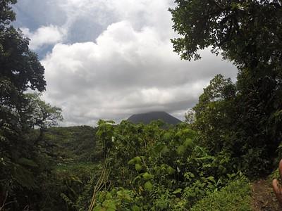 הנוף על ארנל מפיסגת הסרו צ'אטו
