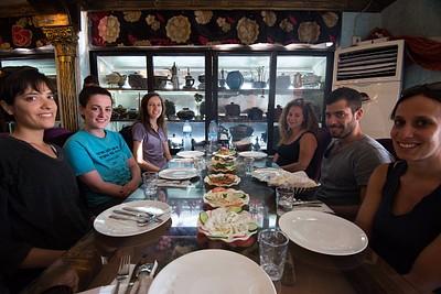 מסעדה סורית בעקבה. אוכל מצוין ב- 4 דינר לאדם