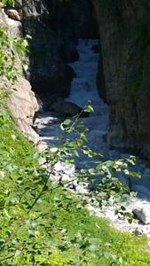 הנהר בדרך לקרחון טביברי - המסלול המסלול הבטוח בצד השני