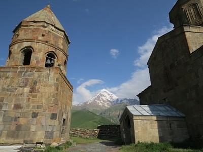 הכנסייה בקזבגי