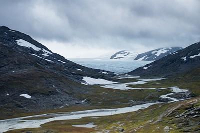 מבט קרוב על הקרחון וכיפת הקרח