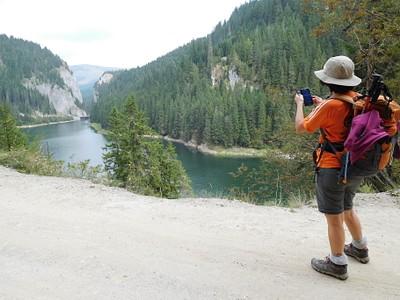 מבט על אגם Bolboci