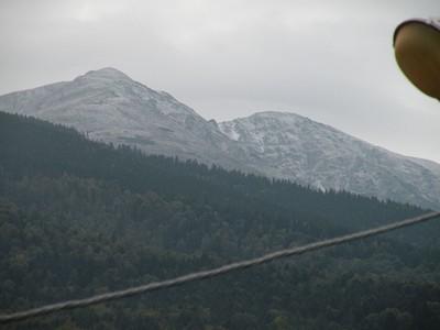 ההרים הנשקפים מחלון הפנסיון