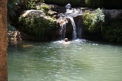 אחת הבריכות באיסאלו