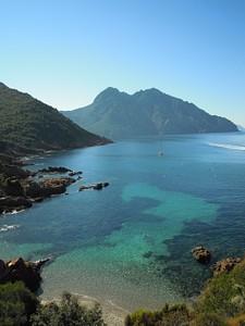 מפרץ יפה ליד שמורת הטבע סקנדולה