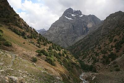העמק שעולים בו לרוב אורך היום