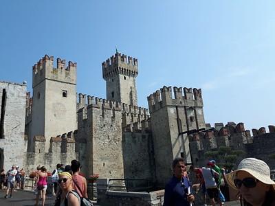מבצר סרמאונה -סקאליג'רו
