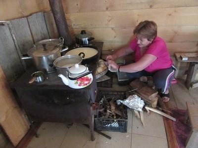 כך מכינים אוכל בכול הבתים שהיינו בהם