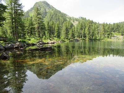 אגם מדהים ביופיו- מומלץ להתרחץ