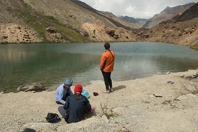 הפסקת צהריים באגם