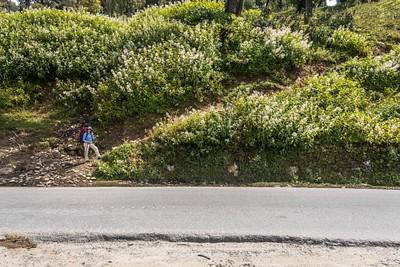 נק׳ ההתחלה של המסלול על הכביש שמטפס לכיוון הפאס