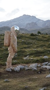לפגוש אסטרונאוט באמצע הדרך