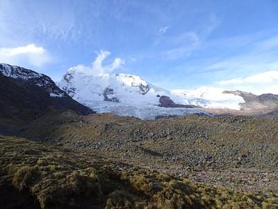 הקרחון בתחתית הר האזנגטה