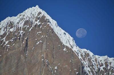 שקיעת ירח