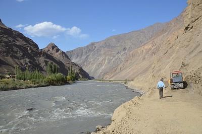 הדרך לפסור- נהר הברתאנג ודרך הג'יפים