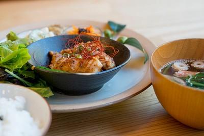 ארוחת הצהריים בבית הקפה / מסעדה Cafe Polestar, Kamikatsu