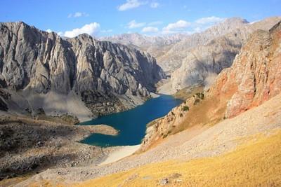 7- האגם הקדוש מלמעלה