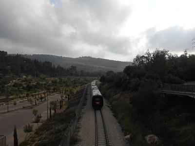 הרכבת לירושלים, סמוך לתחילת המסלול