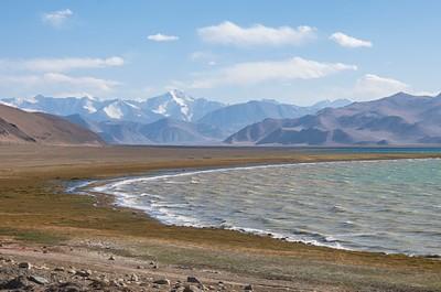 האגם המלוח קראקול
