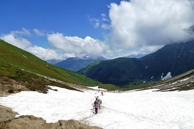 שלג ראשון החל מגובה 1900 מ'