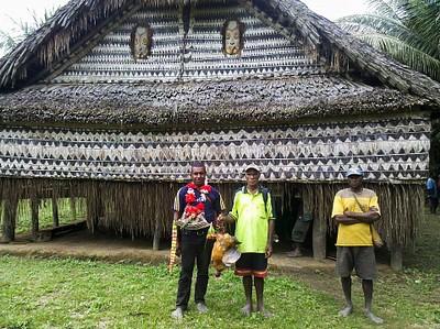 בית הרוחות בכפר Yamok.